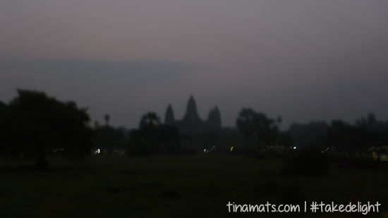 Waiting for the sunrise at Angkor Wat